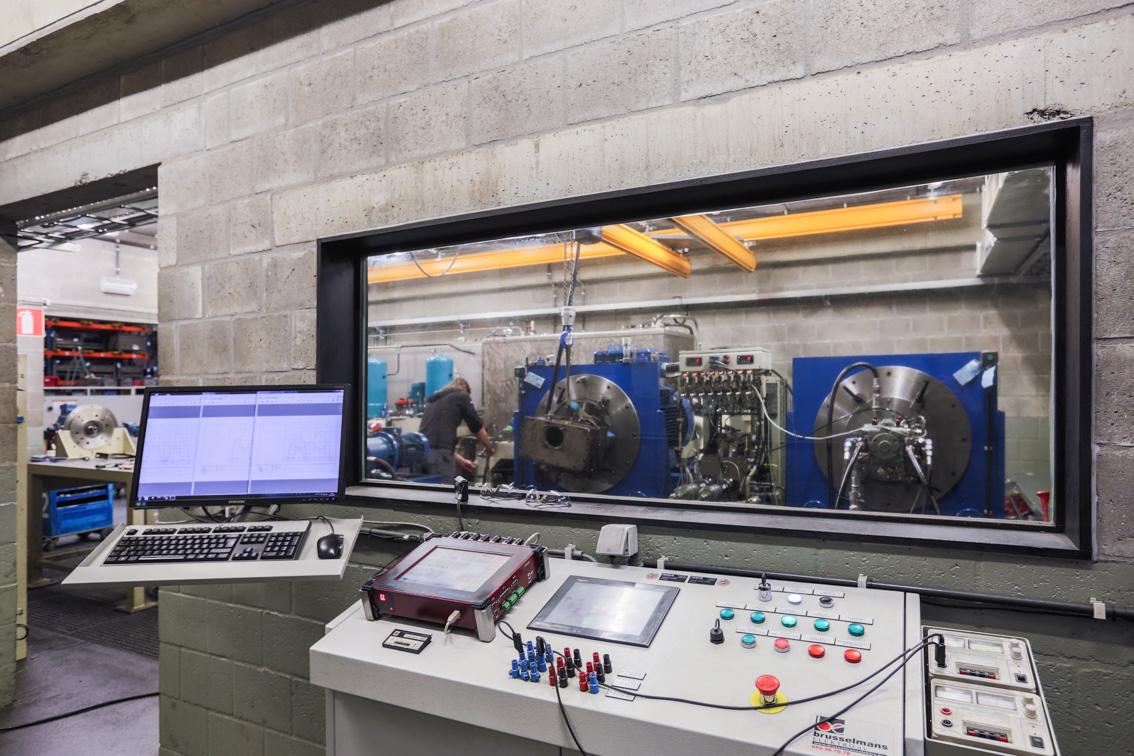 Testing hydraulic pumps